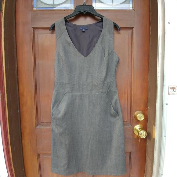 GAP Dresses & Skirts - Gap sz 8 Grey Sleeveless Twill Work Dress